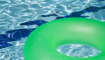Moving in a Home with a Pool: Here are Tips to Find a Reputable Pool Service and Repair Company