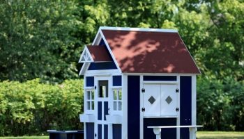 A Guide to Design The Perfect Cubby House for Your Kid